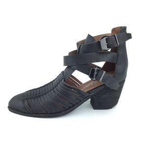 Jeffrey Campbell Stillwell black ankle bootie 10
